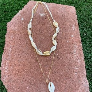 Jewelry - Shell charm layered chain pendant necklace